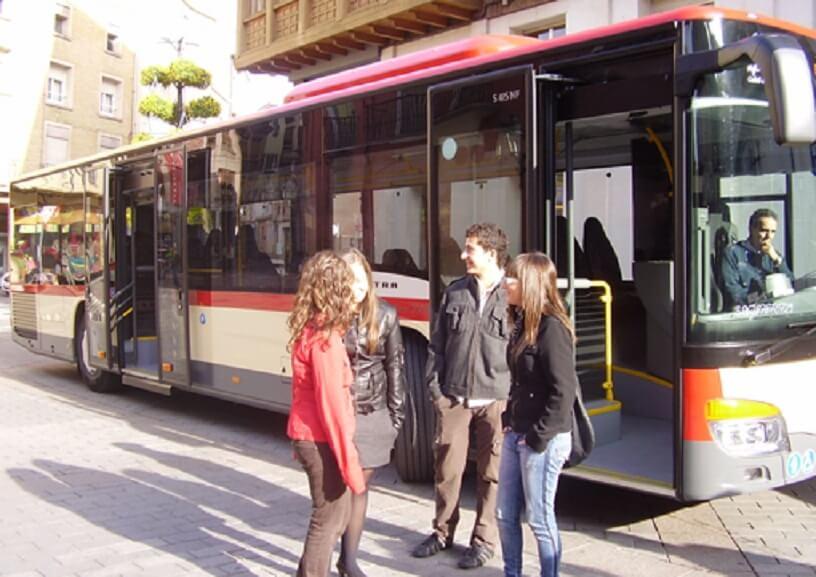 El PR critica al alcalde por no poner en marcha el autobús urbano y García recuerda que lo suprimió un gobierno de coalición PP-PR