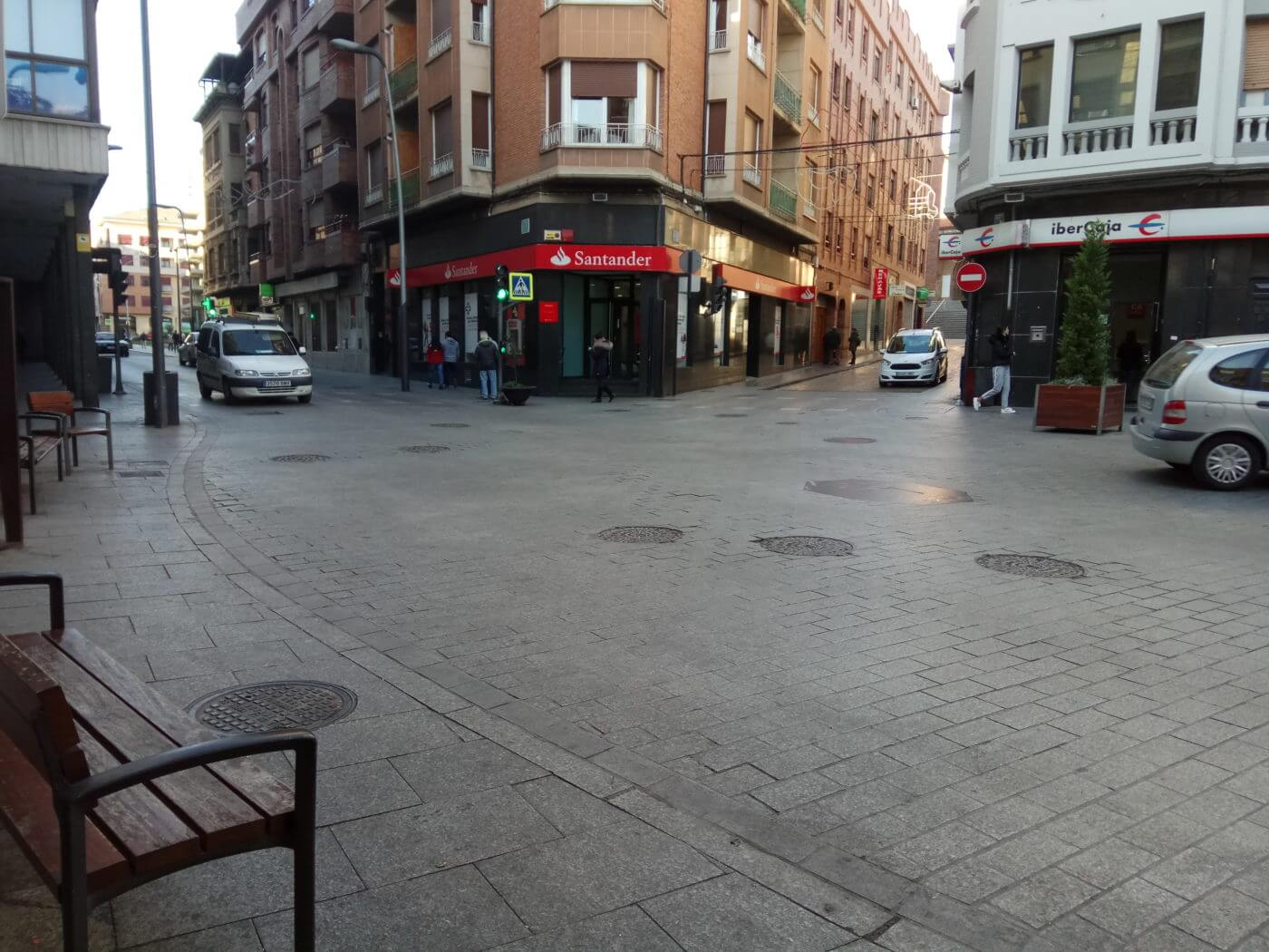 El corte de tráfico los sábados de invierno en la Puerta Munillo se realizará finalmente a la una de la tarde