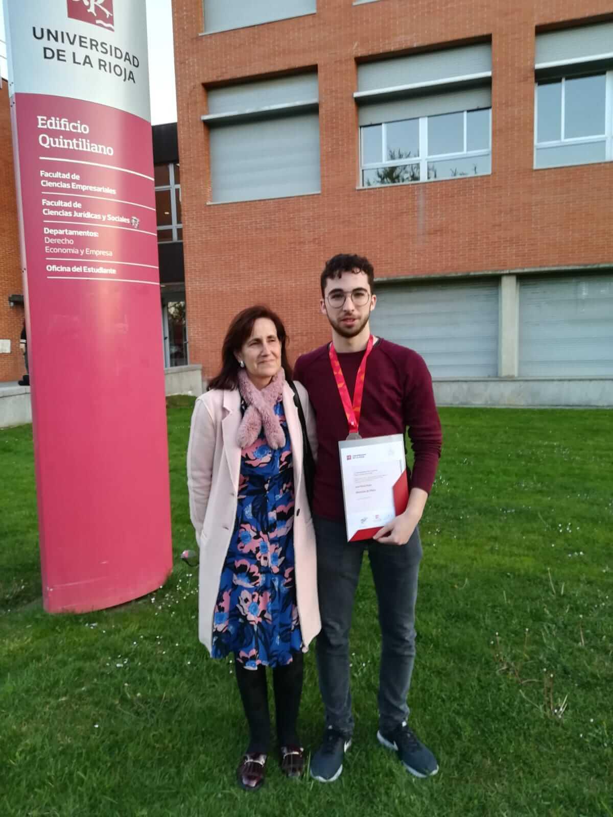 Juan Pérez Rubio, alumno del IES Celso Díaz, recibe Mención de Plata en la Olimpiada Matemática de la UR