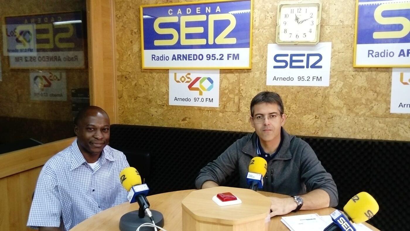 El sacerdote camerunés Francisco Javier Effa se incorpora temporalmente a la parroquia de Arnedo