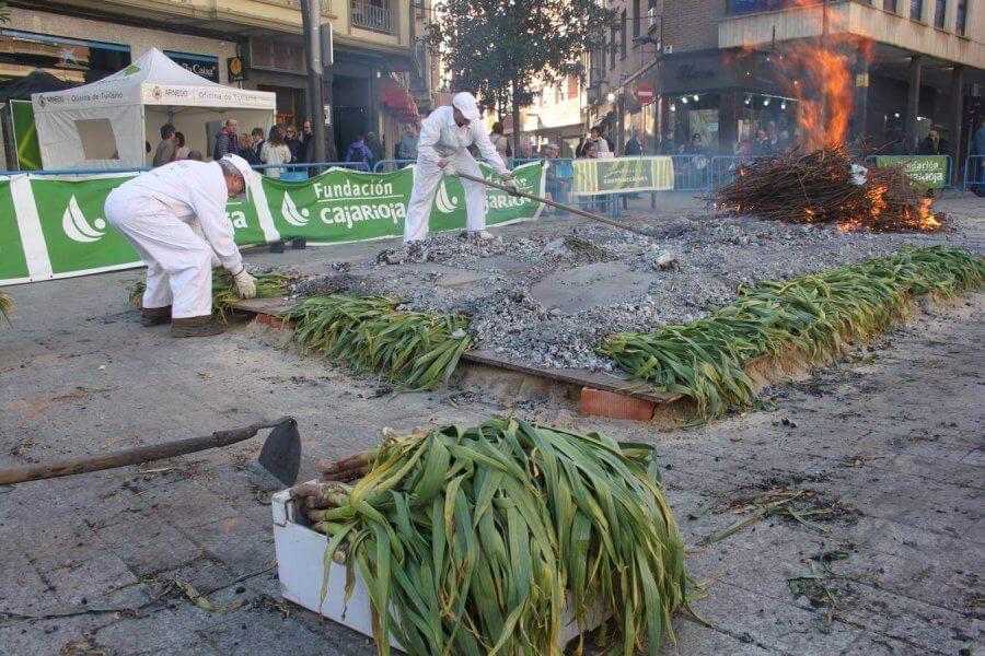 La Asociación de Vecinos del Casco Antiguo de Arnedo suspende el 'XVII Día del ajo asado'