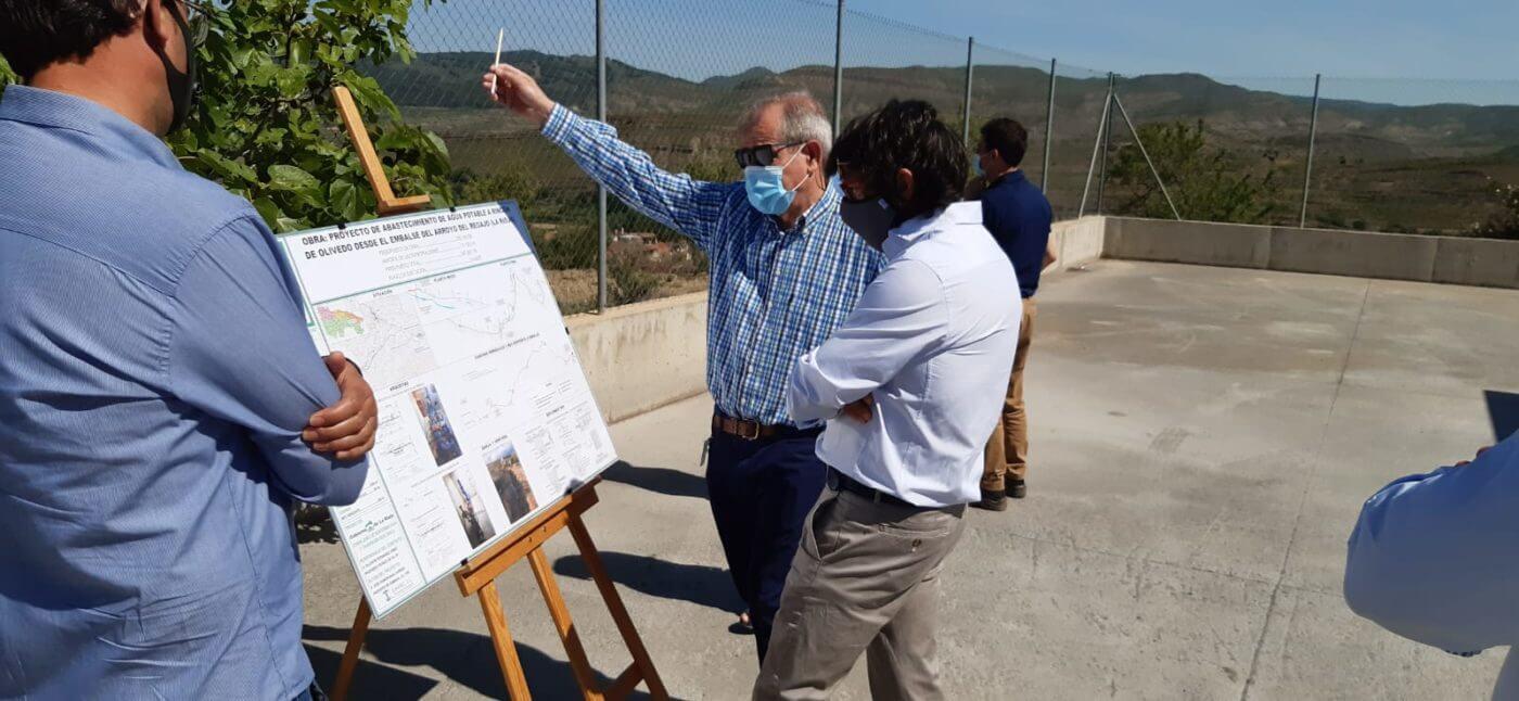 Visita a las obras de abastecimiento de Rincón de Olivedo que garantizan la cantidad y calidad del agua potable