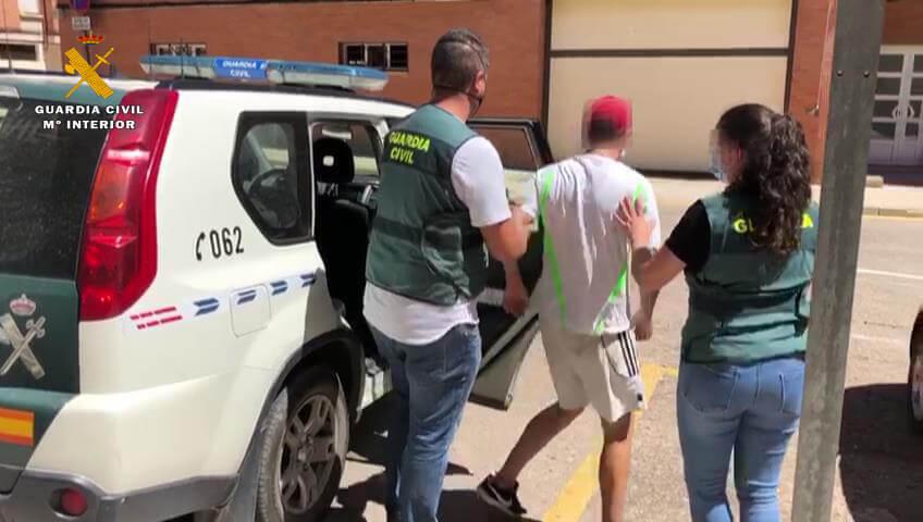 Tres detenidos por robos con fuerza en casas de campo y bajeras de Arnedo, Entrena y Villamediana