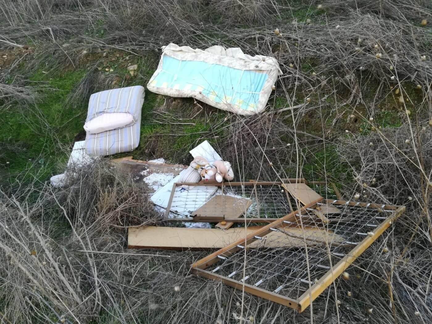 El ayuntamiento de Pradejón vuelve a denunciar comportamientos incívicos que dañan el medio ambiente y afean la imagen del municipio