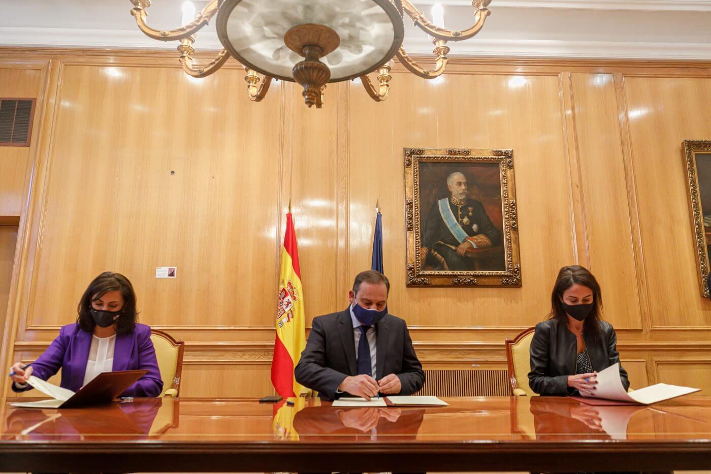 Firmado el protocolo para el primer tramo de alta velocidad en La Rioja, que contempla el proyecto de construcción de la variante ferroviaria de Rincón de Soto