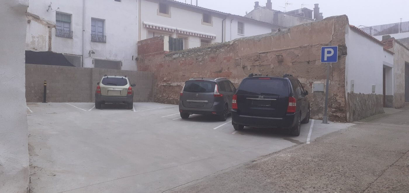 El Ayuntamiento de Pradejón habilita tres zonas de aparcamiento con capacidad total para 37 vehículos