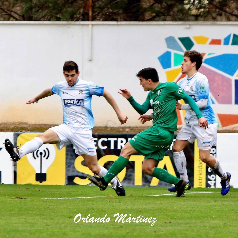 El CD Arnedo jugará el domingo contra el líder, el Varea, tras perder por la mínima contra el Alfaro en Sendero