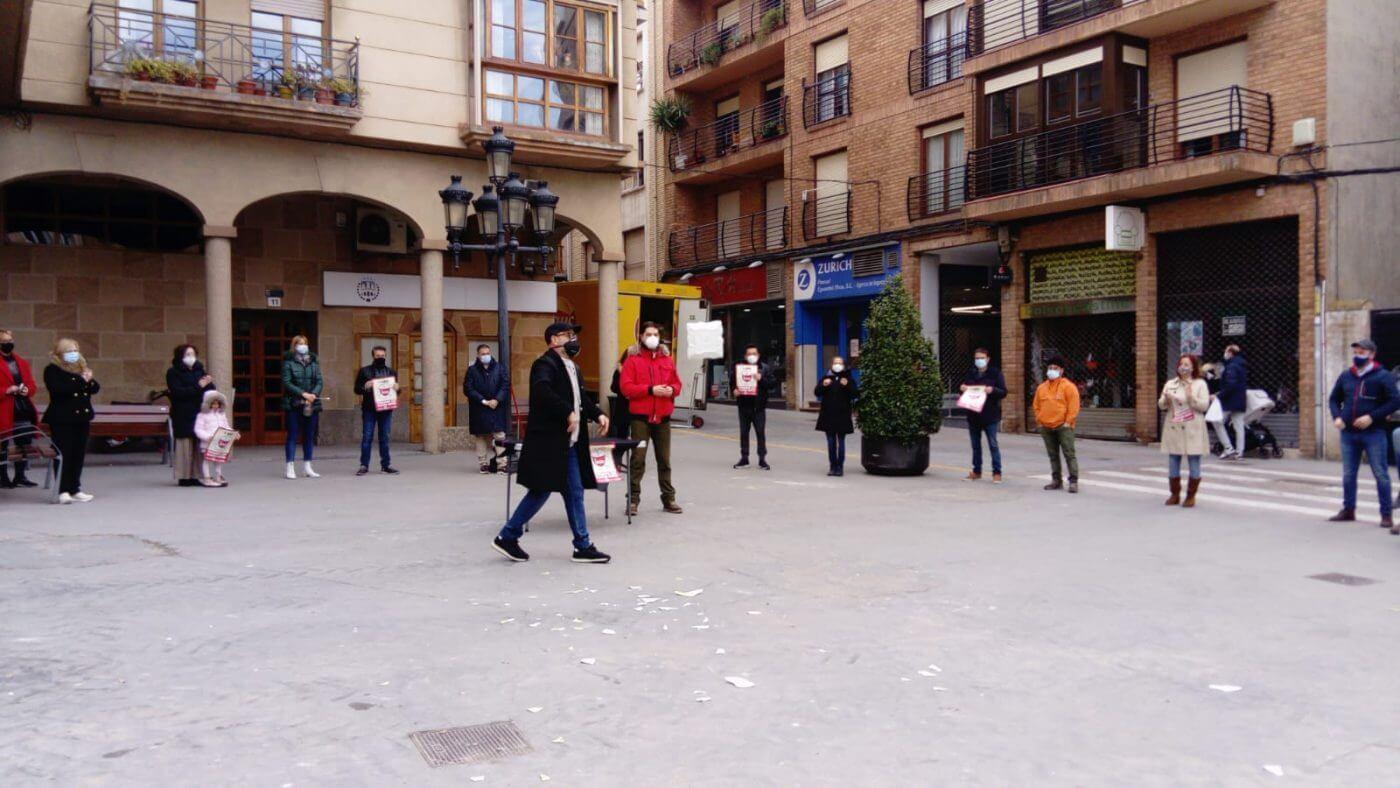 La hostelería vuelve a llevar a la calle su protesta 'Platos Rotos'