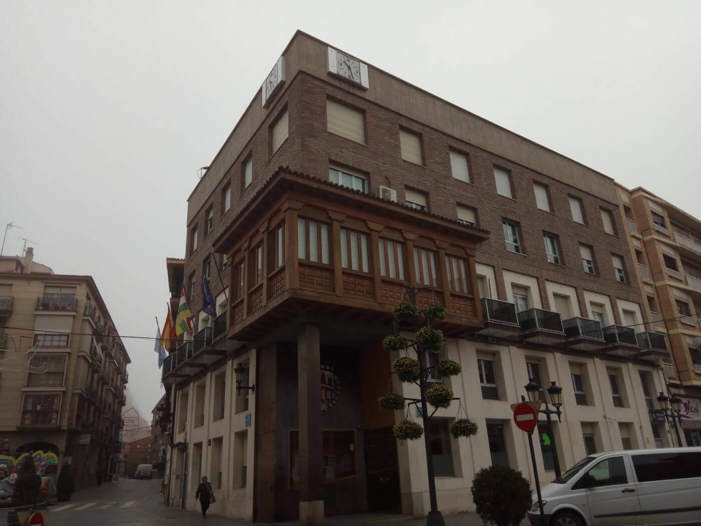 El Ayuntamiento de Arnedo estudia colaborar con el IRVI para ofrecer viviendas de alquiler social
