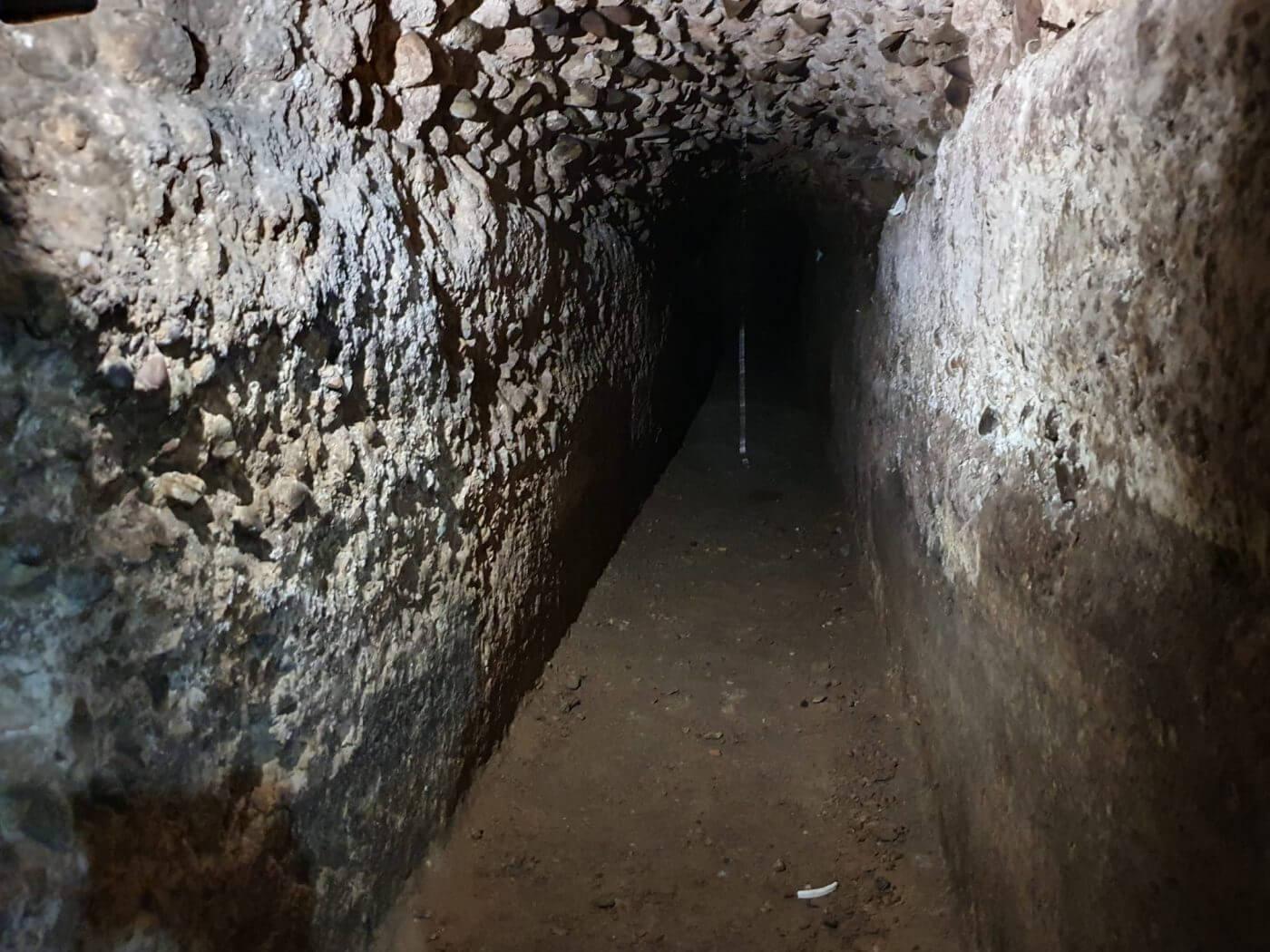 El ayuntamiento de Calahorra y Amigos de la Historia firmarán un convenio para la intervención arqueológica en la cloaca