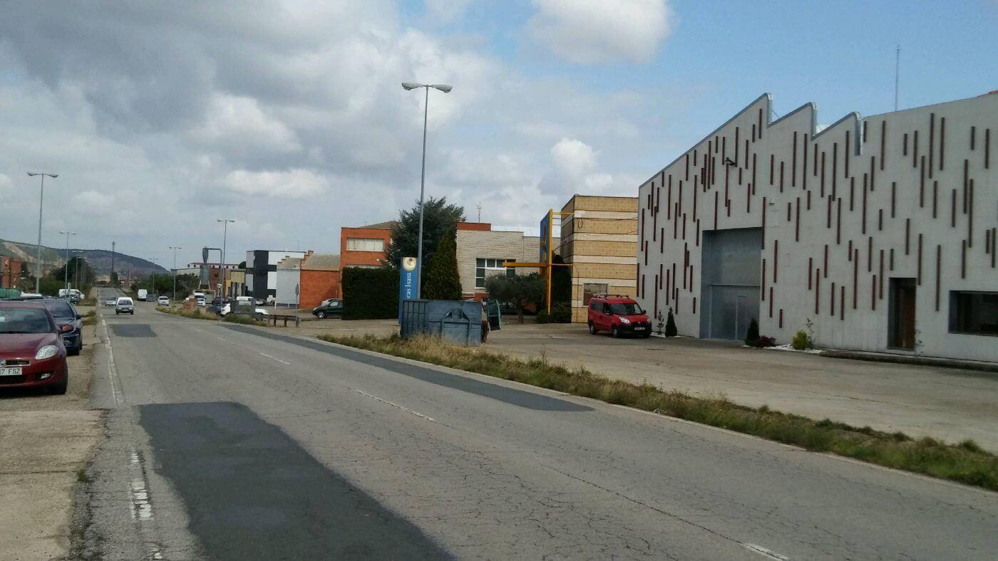 El ayuntamiento de Arnedo encargará un proyecto para la urbanización y ordenación de las calles de las naves de Planarresano