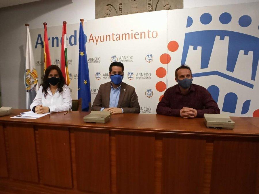 ARMANDO RABANERA y Zapata y García