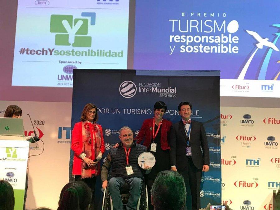 CALAHORRA silleros viajeros recoge premio FITUR