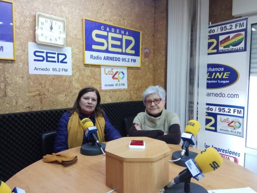AMIGOS ARNEDO Maria Jose y Trini Checa radio
