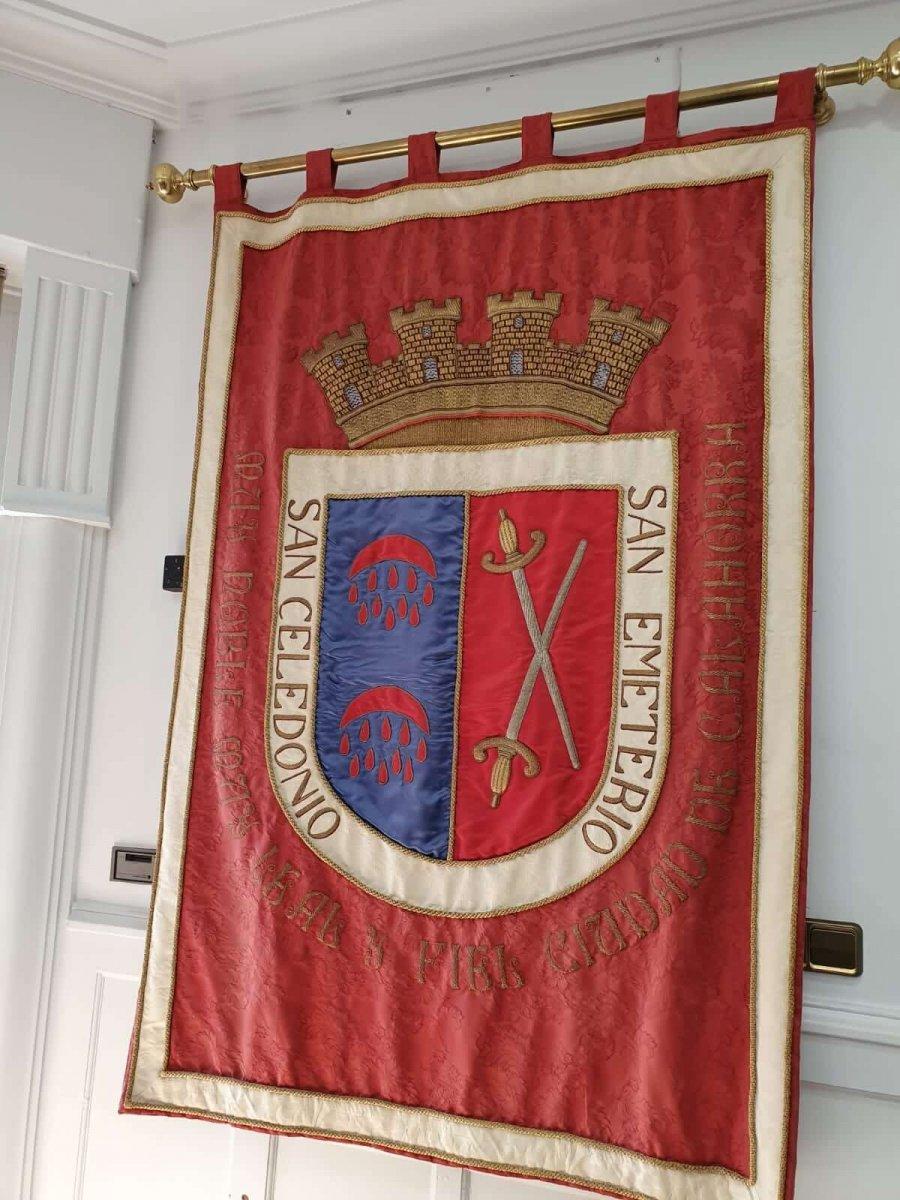 CALAHORRA bandera escudo