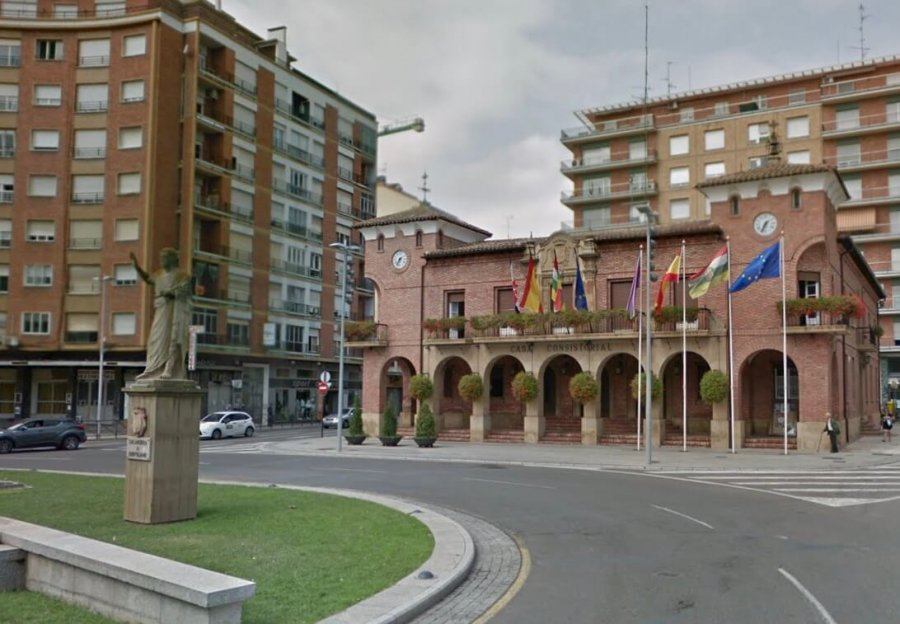CALAHORRA ayuntamiento fachada