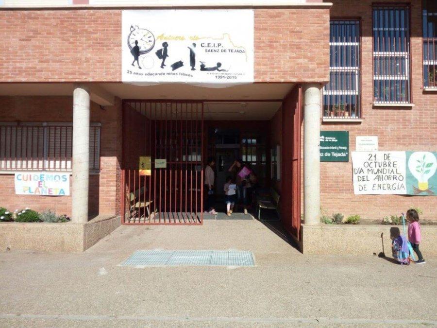 QUEL fachada colegio