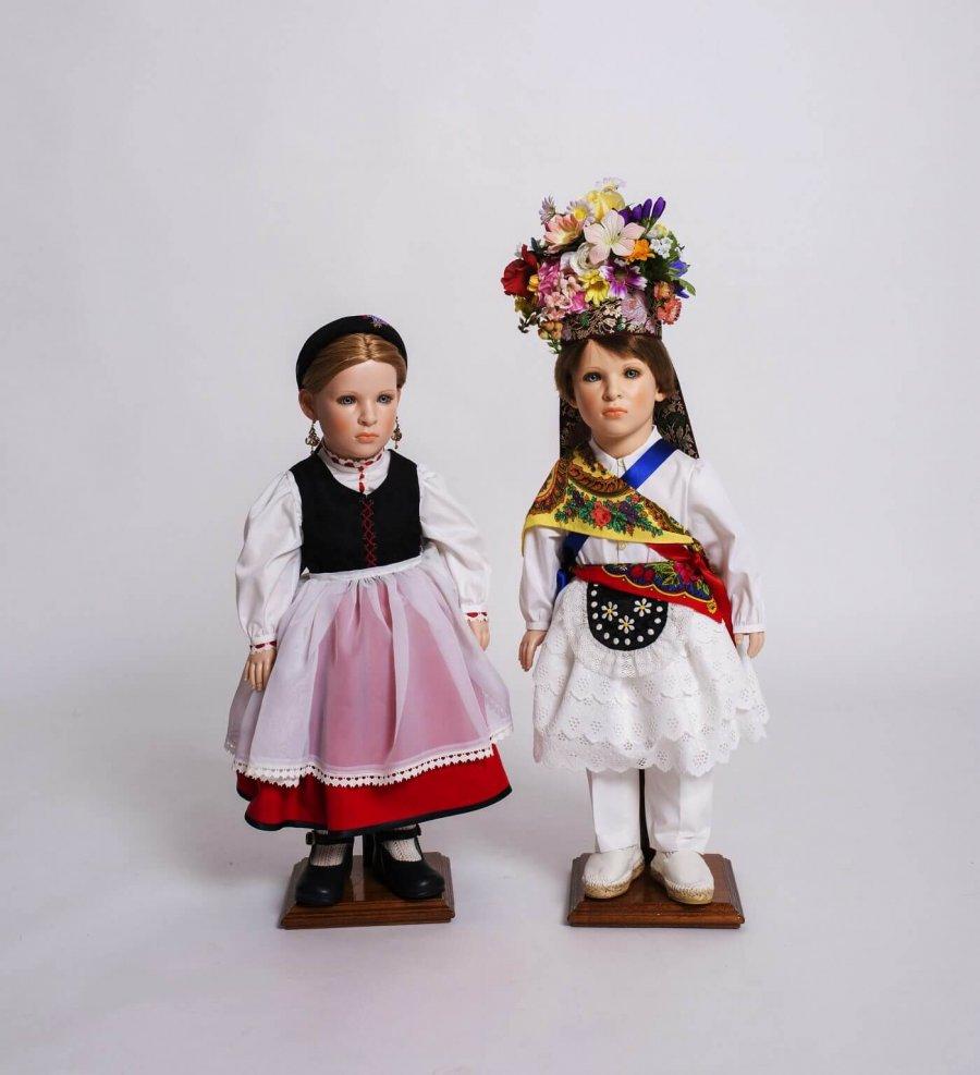 CALAHORRA muñecos danzas museo