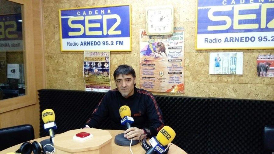 ESCUELA FUTBO ARNEDO DAVID MARIN radio
