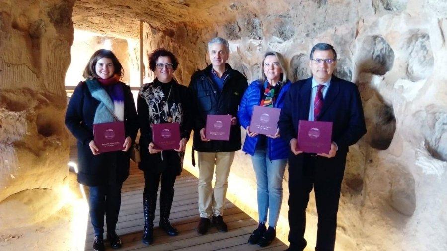 CUEVAS CIEN PILARES libro paisajes Rioja